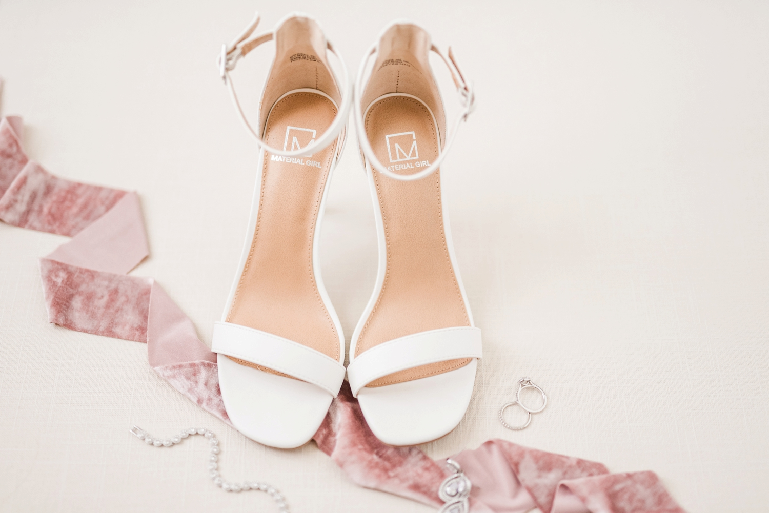 shoes-with-ribbon-and-jewelry