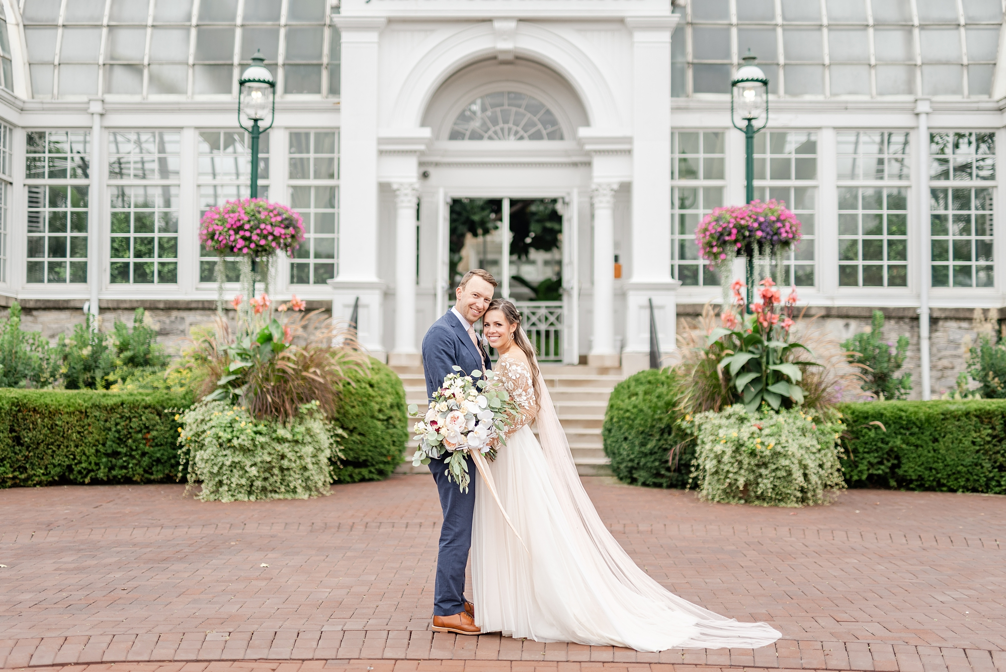 Ohio wedding day portraits outside Franklin Park Conservatory